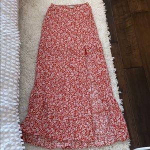 High slit floral skirt.